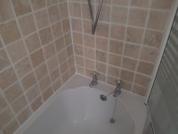 Quick and Effective Bath Tile Refresh in Edinburgh | Tile ...