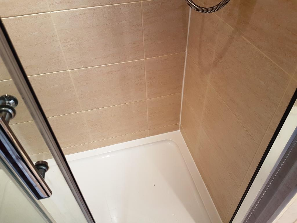 how to clean ceramic tile shower