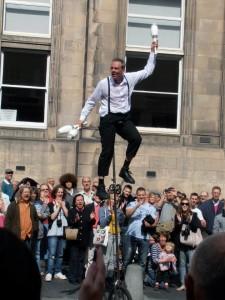 Uni Cyclist:Edinburgh Fringe