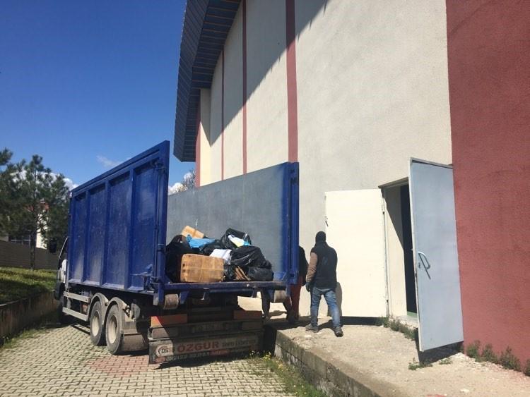 Geri dönüşüme 3 bin 740 kiloluk kağıt atık desteği
