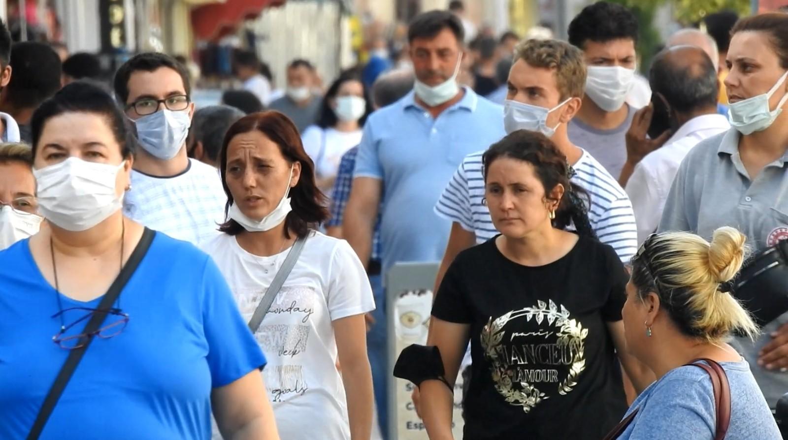 Esnaf, aşılanmayan vatandaşları aşılanmaya davet etti