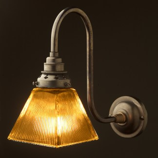 Bronze Doncaster bend box holophane wall light