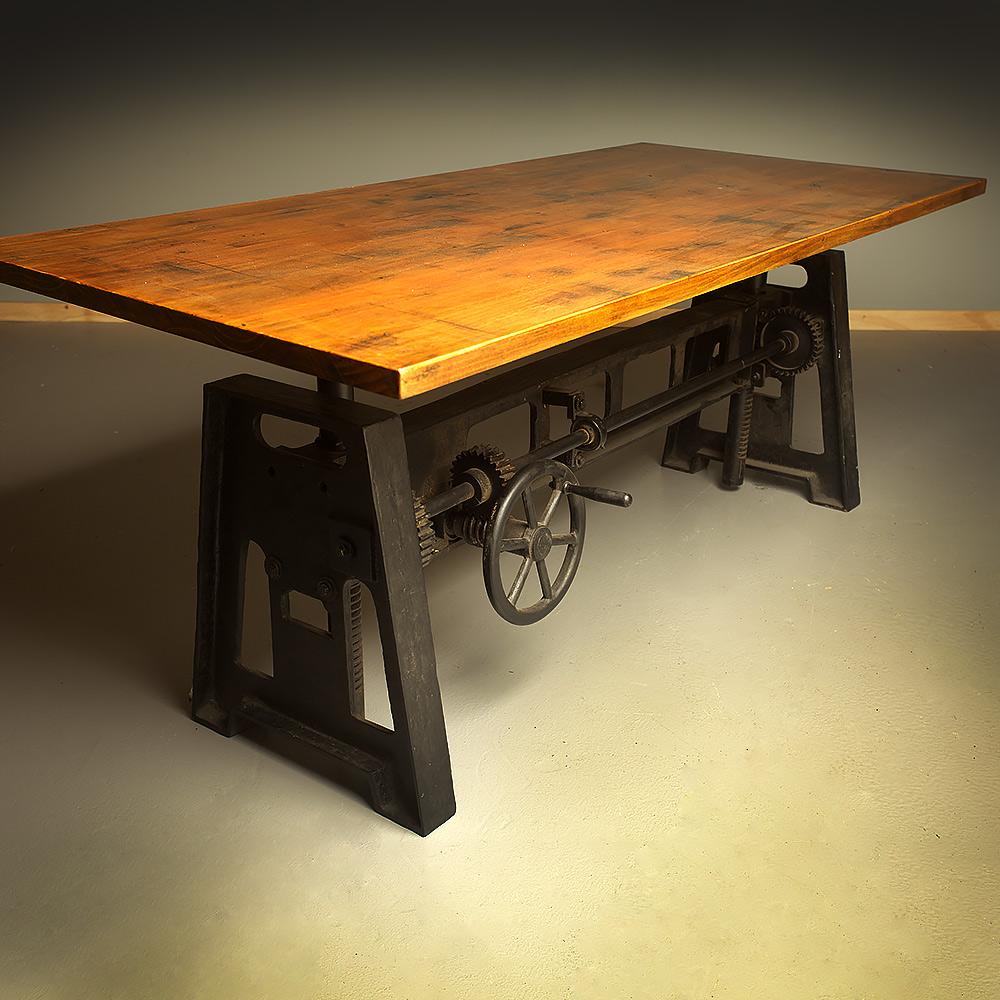 Cast iron adjustable height crank table