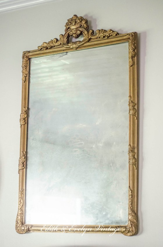 Loving an Old Mirror | Edith & Evelyn | www.edithandevelynvintage.com