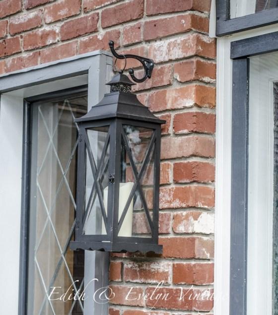 Faux Gas Lanterns | Edith & Evelyn Vintage | www.edithandevelynvintage.com