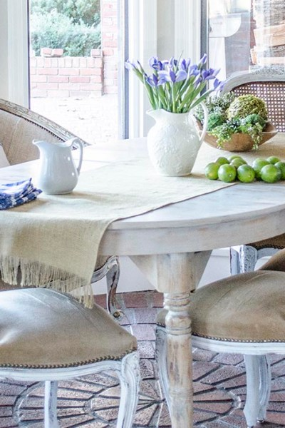 A French Settee and Grain Sack Scraps | Breakfast Room Changes