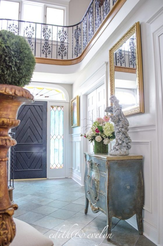 The Grand Foyer | A Transformation | www.edithandevelynvintage.com