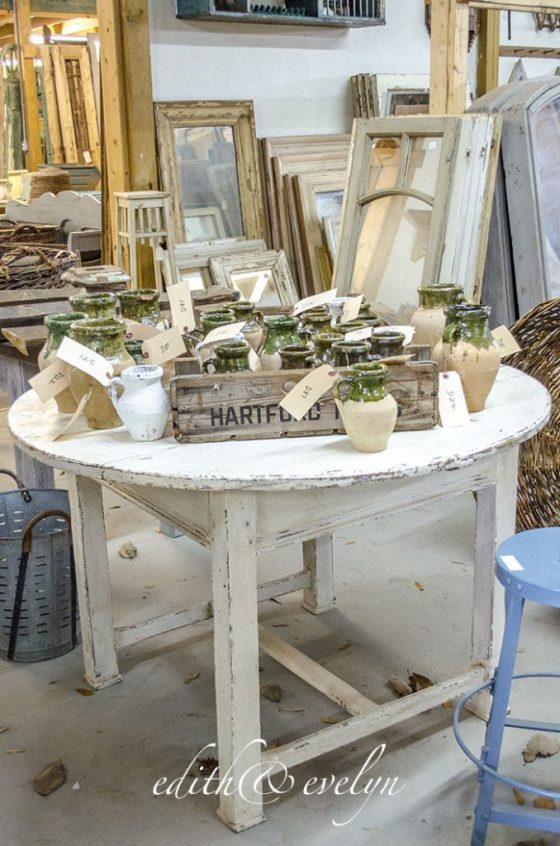 My Favorite Antiquing Spot   Edith & Evelyn Vintage   www.edithandevelynvintage.com