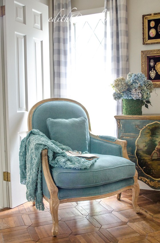A French Chair for the Study | Edith & Evelyn | www.edithandevelynvintage.com