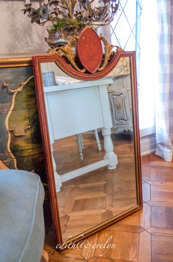 A Mirror Makeover | Edith & Evelyn | www.edithandevelynvintage.com