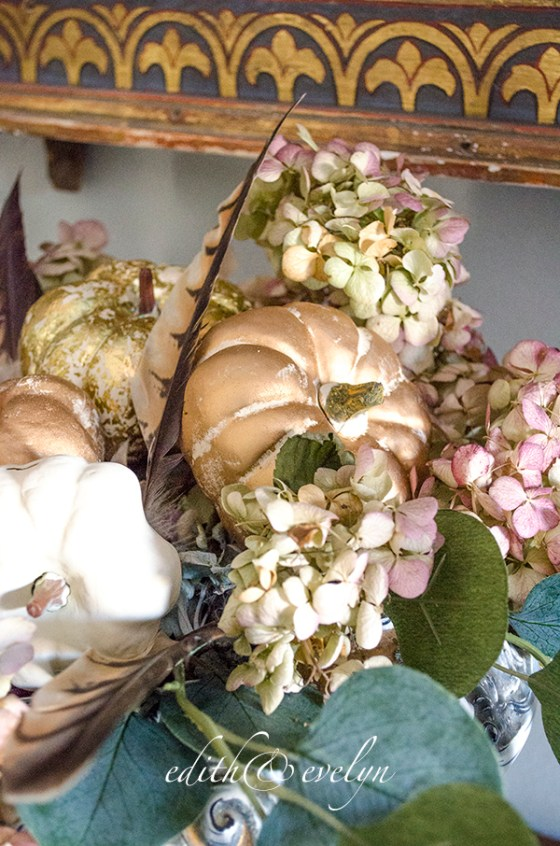 Fall in the Family Room   Edith & Evelyn   www.edithandevelynvintage.com