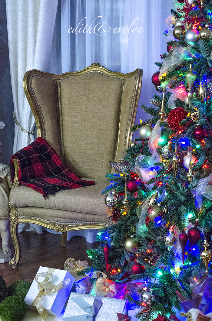 Christmas After Dark   Edith & Evelyn   www.edithandevelynvintage.com