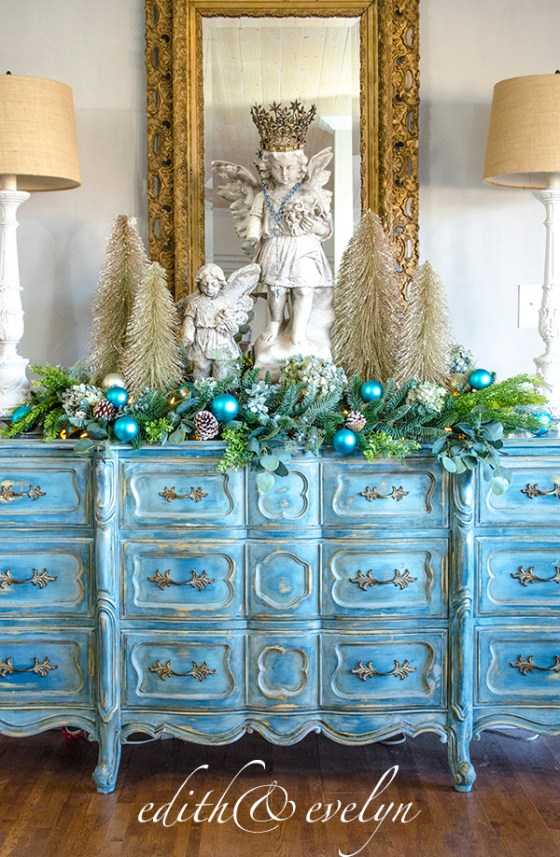 Christmas Kitchen | Edith & Evelyn | www.edithandevelynvintage.com