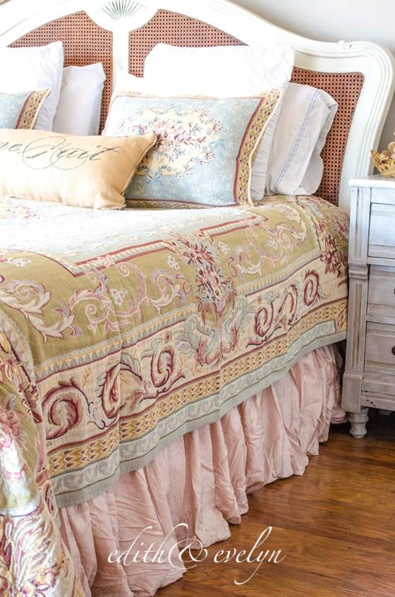 Master Bedroom Refresh | New Bedding | Edith & Evelyn | www.edithandevelynvintage.com