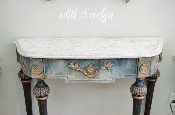 A Demilune Table Makeover   Edith & Evelyn   www.edithandevelynvintage.com