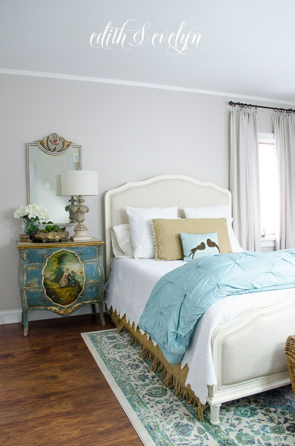 Guest Bedroom Reveal | The Before and After | Edith & Evelyn | www.edithandevelynvintage.com