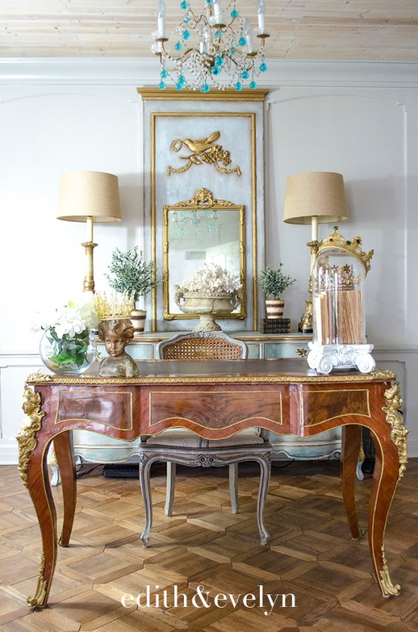 French Plat Desk in the Study | Edith and Evelyn | www.edithandevelynvintage.com