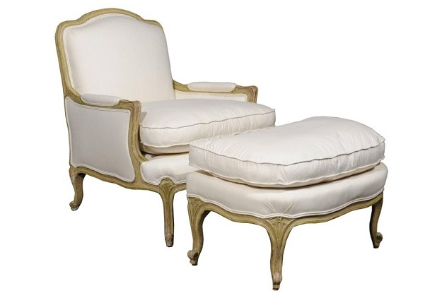 How to Tell the Difference in French Louis Chairs | Edith & Evelyn | www.edithandevelynvintage.com