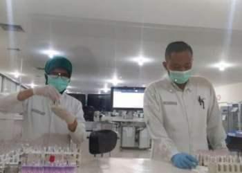 anggota dpr akan suntik vaksin nusantara meski bpom hentikan proses uji klinisnya
