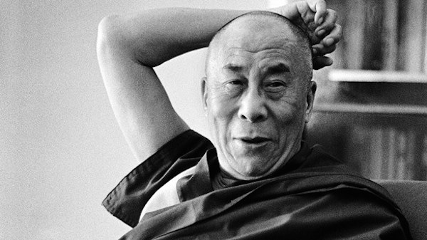 ... Rare Glimpse Into The Daily Routine Of The Dalai Lama - DesignTAXI.com
