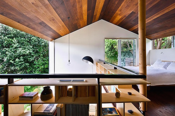 JapaneseInspired Tiny House On Slope Boasts Stunning Panoramic View Of Treetops  DesignTAXIcom