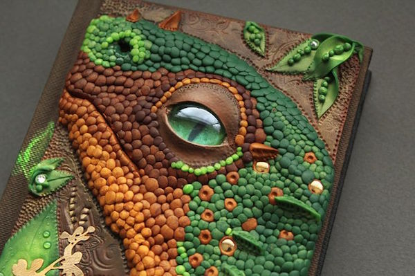 Gorgeously Intricate FairytaleLike Book Covers Handcrafted From Polymer Clay  DesignTAXIcom