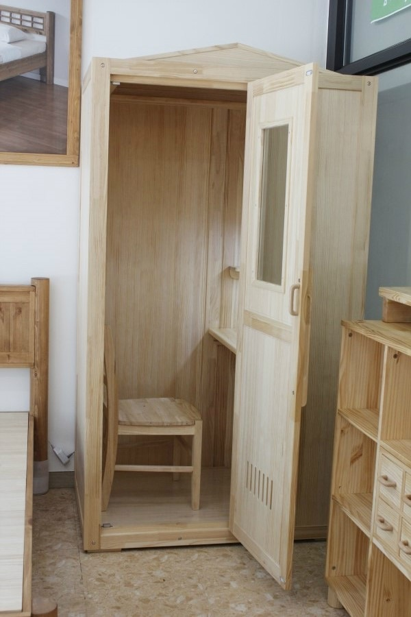 A Furniture Store In Korea Makes Tiny Study Cubicles For