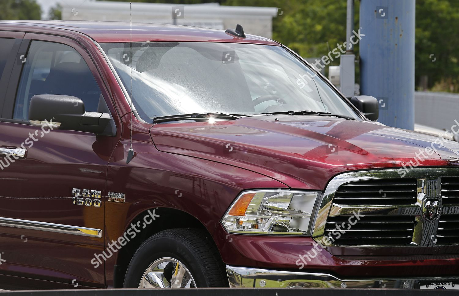 hight resolution of fiat chrysler is recalling 1 3 million dodge ram pickup trucks because of a software problem