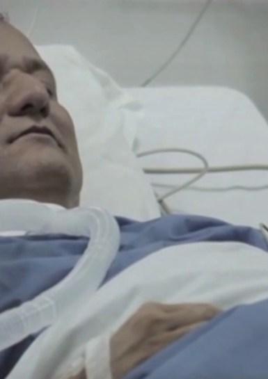 En estado de coma.
