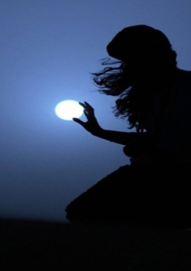 Luna en la mano