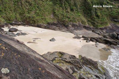 Peruíbe ainda não homologou o título de Menor Praia do Mundo