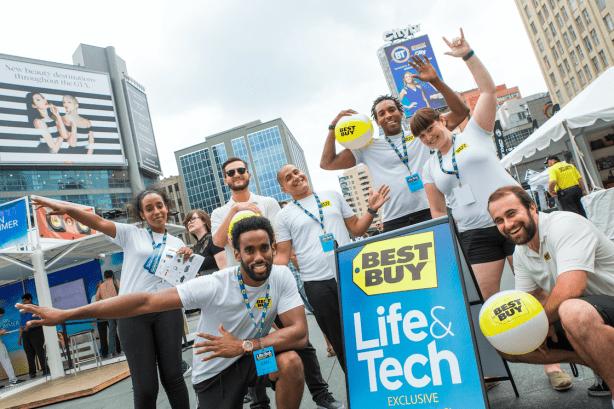 Best Buy Canada -  Wearable Tech - bellabeat LEAF