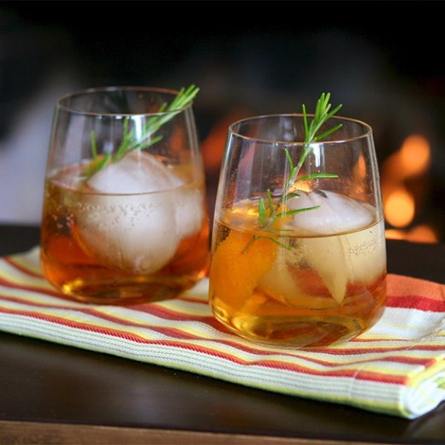 Autumn Jewel: A Fabulous Thanksgiving Cocktail Recipe with Chandon - Gracie Carroll