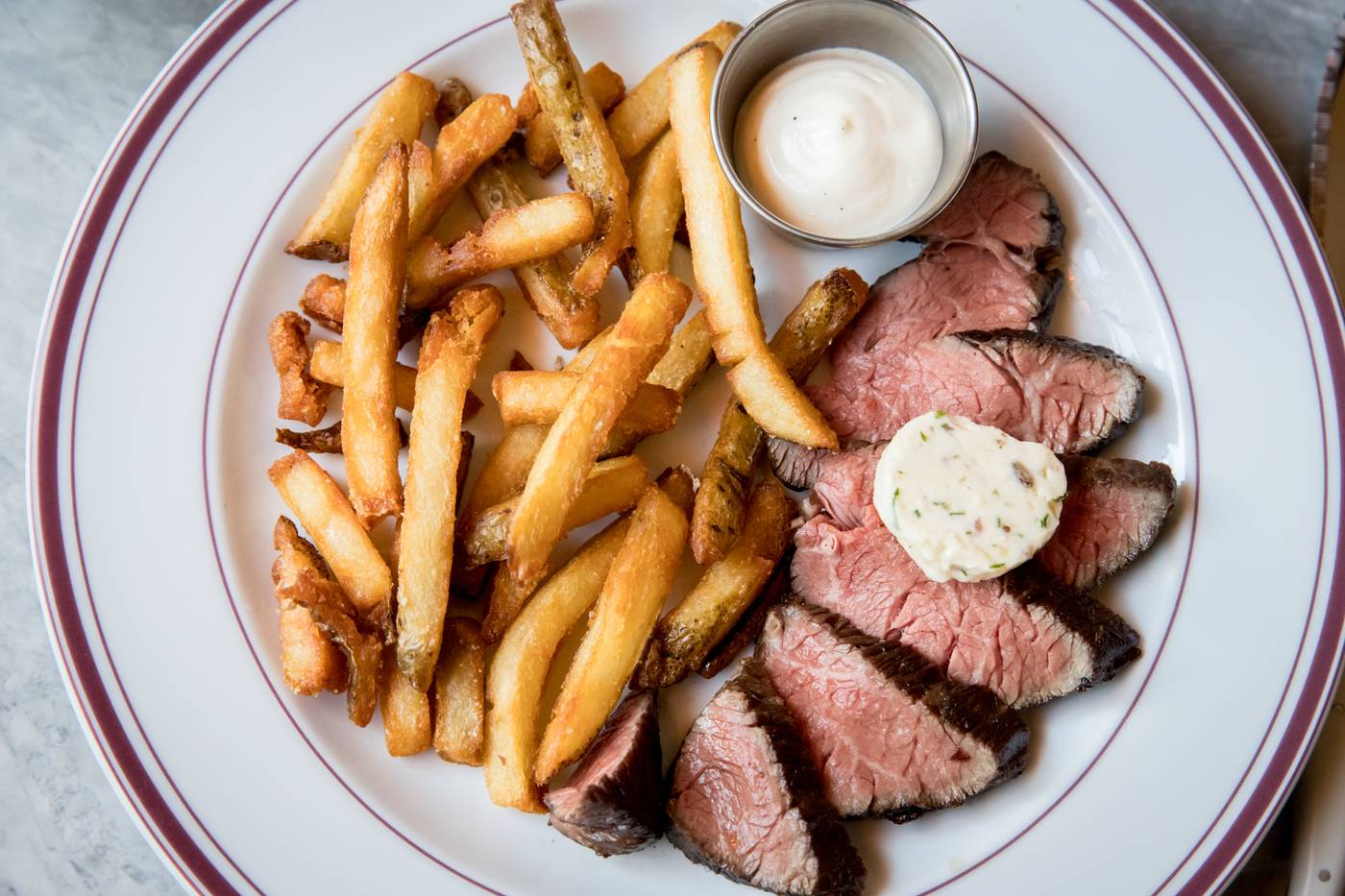 le swan lob toronto new restaurants edit seven