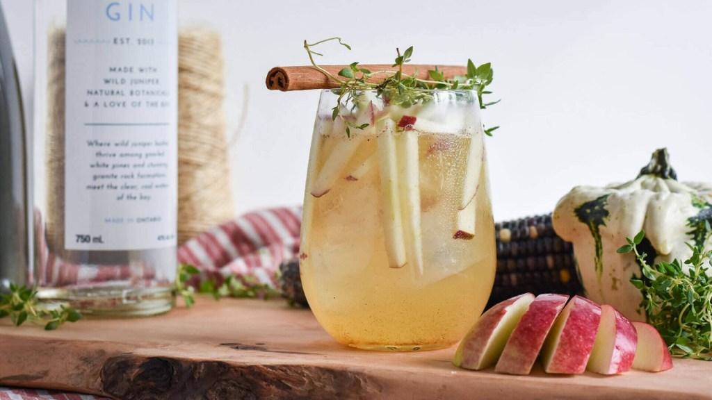 gin-recipe-honey-crisp-horizontal