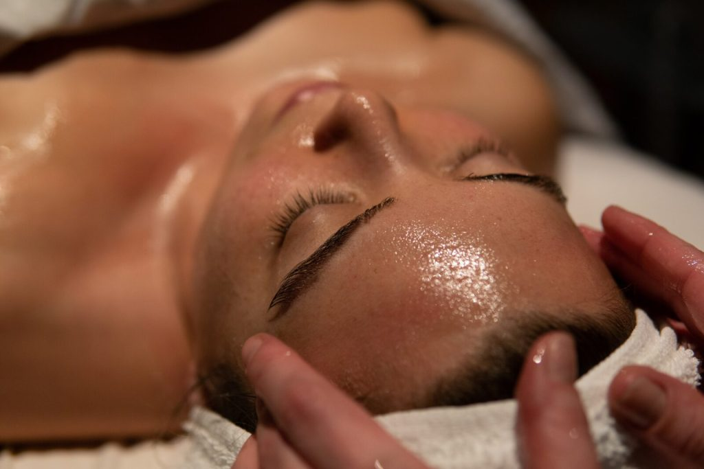 Urban Detox Facial - Elmwood Spa - Edit Seven