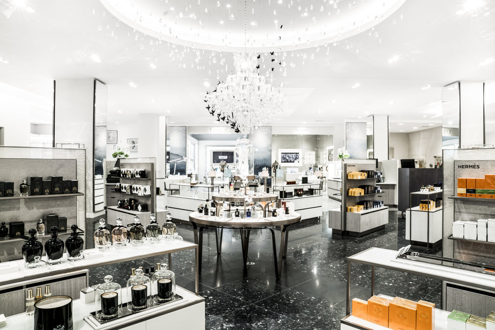 Stocked with goods covering home, luxury fashion, beauty, wellness plus specialty items, goop collaborated with New York/Toronto-based design firm, Yabu Pushelberg, to bring the space within The Hazelton Hotel to life. Open until September 22nd