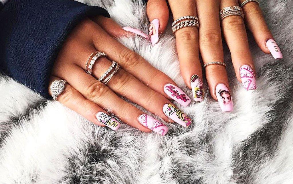 kylie-jenner-barbie-nails-zoom