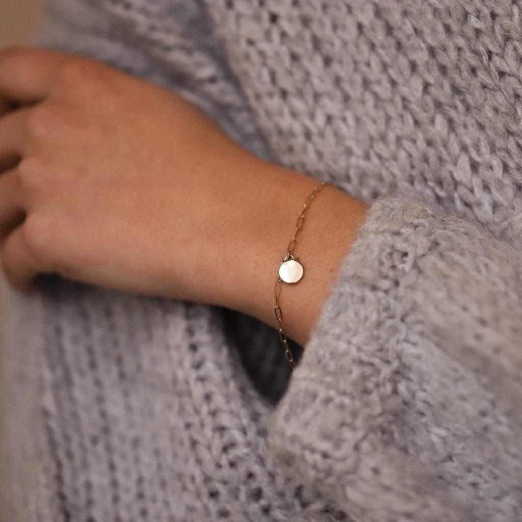 engraved friendship bracelet from bluboho
