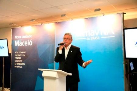 Governador Teotonio Vilela destacou parceria que agilizou construção do empreendimento (Foto: Ailton Cruz)
