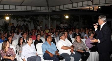 Vilela fala durante entrega da certificação de mais de 100 mil empresas em Alagoas