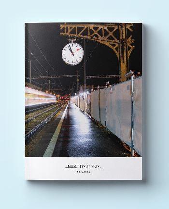 Un magazine svizzero esce con un numero interamente dedicato alle stazioni ferroviarie ed ai loro elementi imprescindibili
