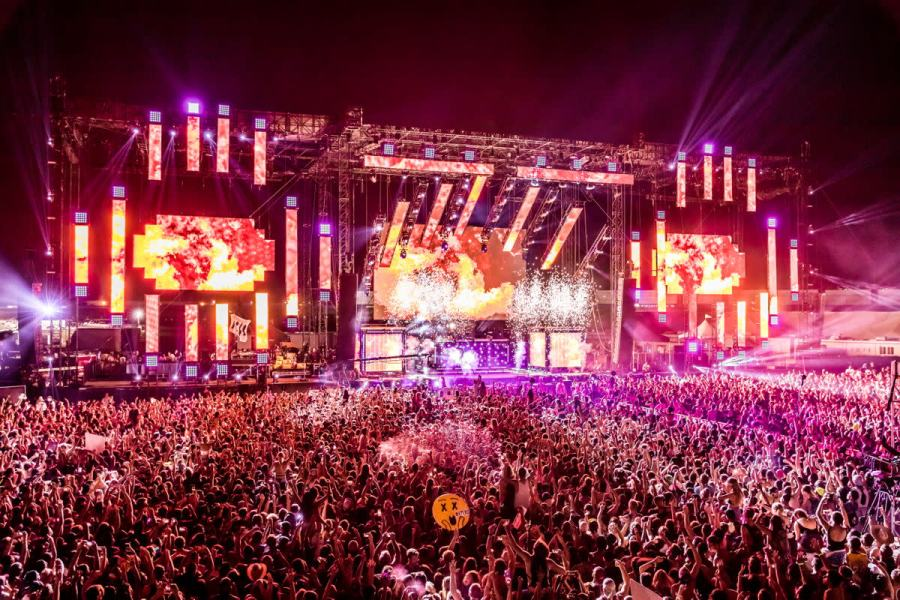 A stage and crowd shot from HARD Summer.