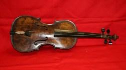 violina-e-titanikut-shitet-mbi-nj-euml-milion-funte_hd-780x439