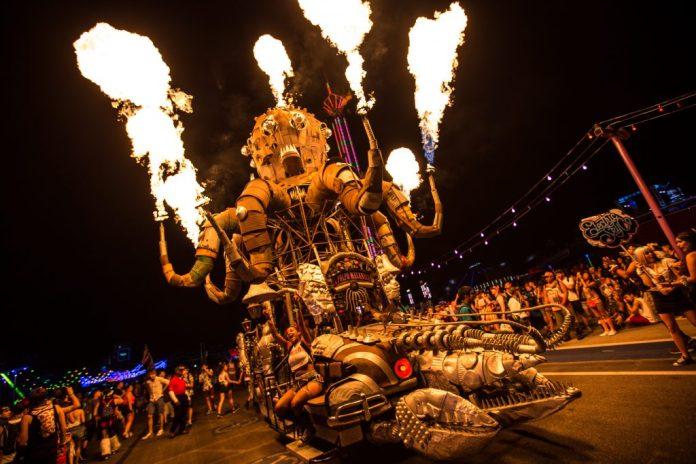 EDC Las Vegas 2016 Day 1 Recap