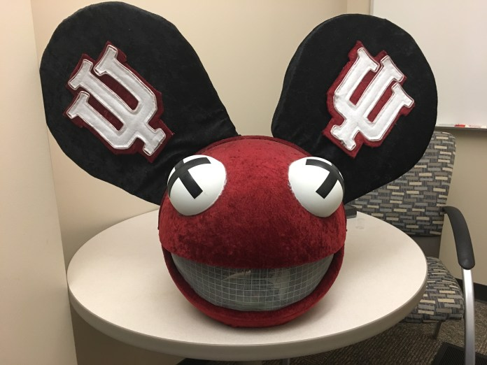 IU deadmau5 head