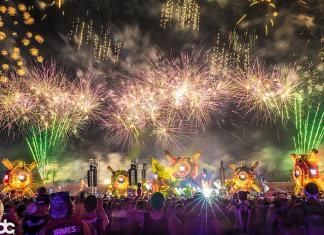 EDC Las Vegas 2017 bassPOD Fireworks