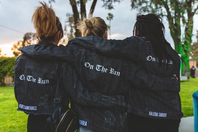 J.Worra Kaleena Zanders VenessaMichaels On The Run