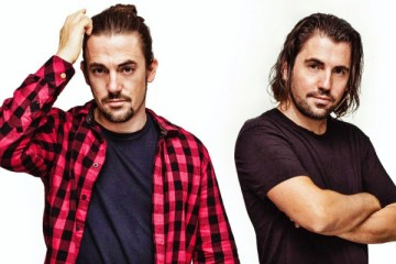 dimitri vegas like mike david guetta kiiara complicated visuals
