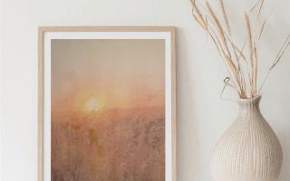 A aquarela da foto é uma pintura feita em papel 100% algodão, livre de ácido, da marca Hahnemüle Anniversary Edition, 425gsm, de 36x48cm, feita em 2020. O título dela é Pamperto.